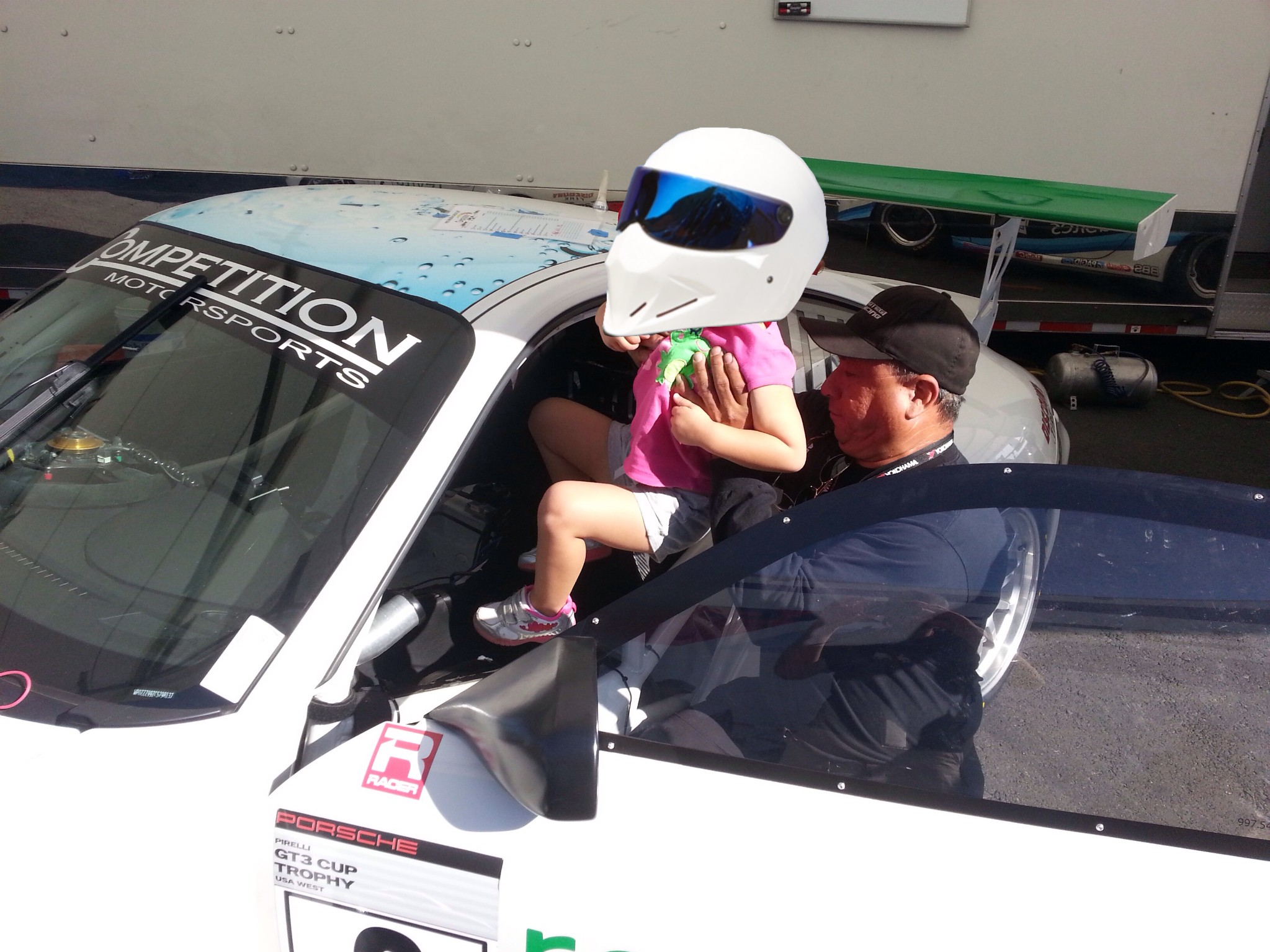 Emilia getting be best tour ever of a Porsche GT3 Cup car.