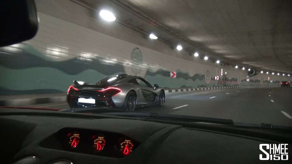 Onboard Lamborghini LP570 STS with McLaren P1 around Dubai (including Flames!)