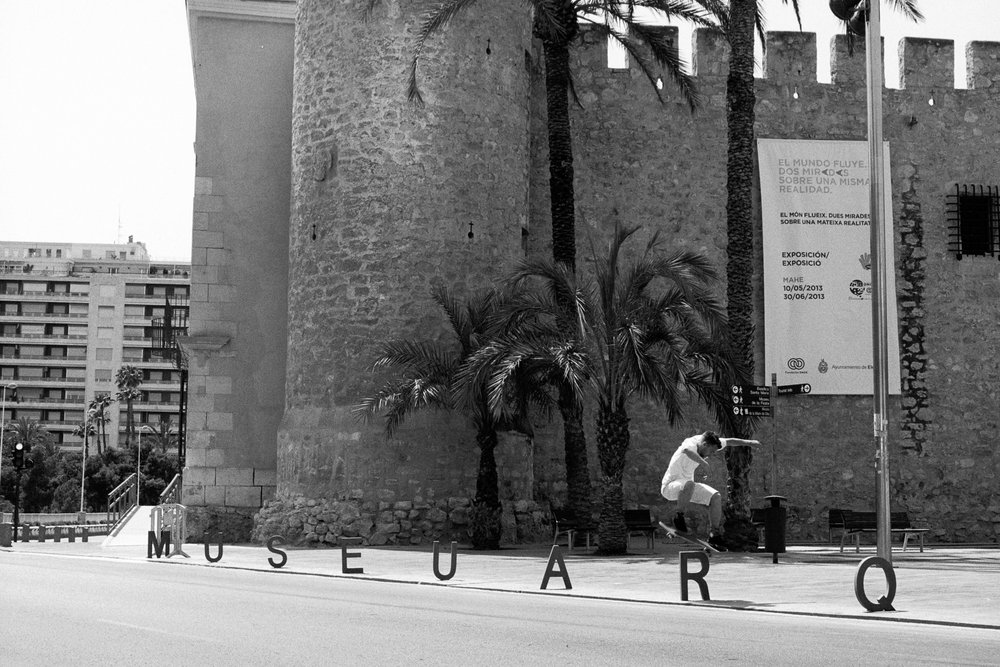 wil-thomson-skateboarding-alicante.jpg