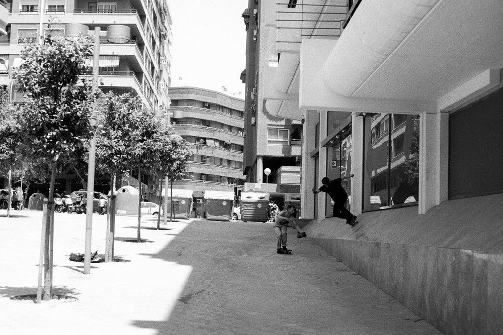 matty-skateboarding-alicante.jpg
