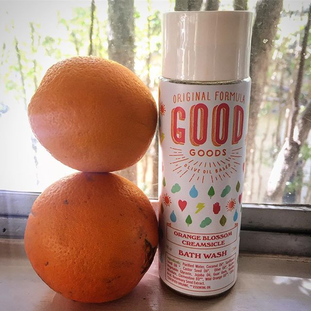 Olive Oil and Essential Oil based Bath-Wash is perfect for the coming Springtime weather ✨👌 #etsyshop #vegangirl #organicliving #veganlifestyle #shopsmall #etsy #originalgoodgoods #essentialoils #oliveoil #oranges #fresh #springtime #sunshine #springweather #skincare #mompreneur #losangeleslife