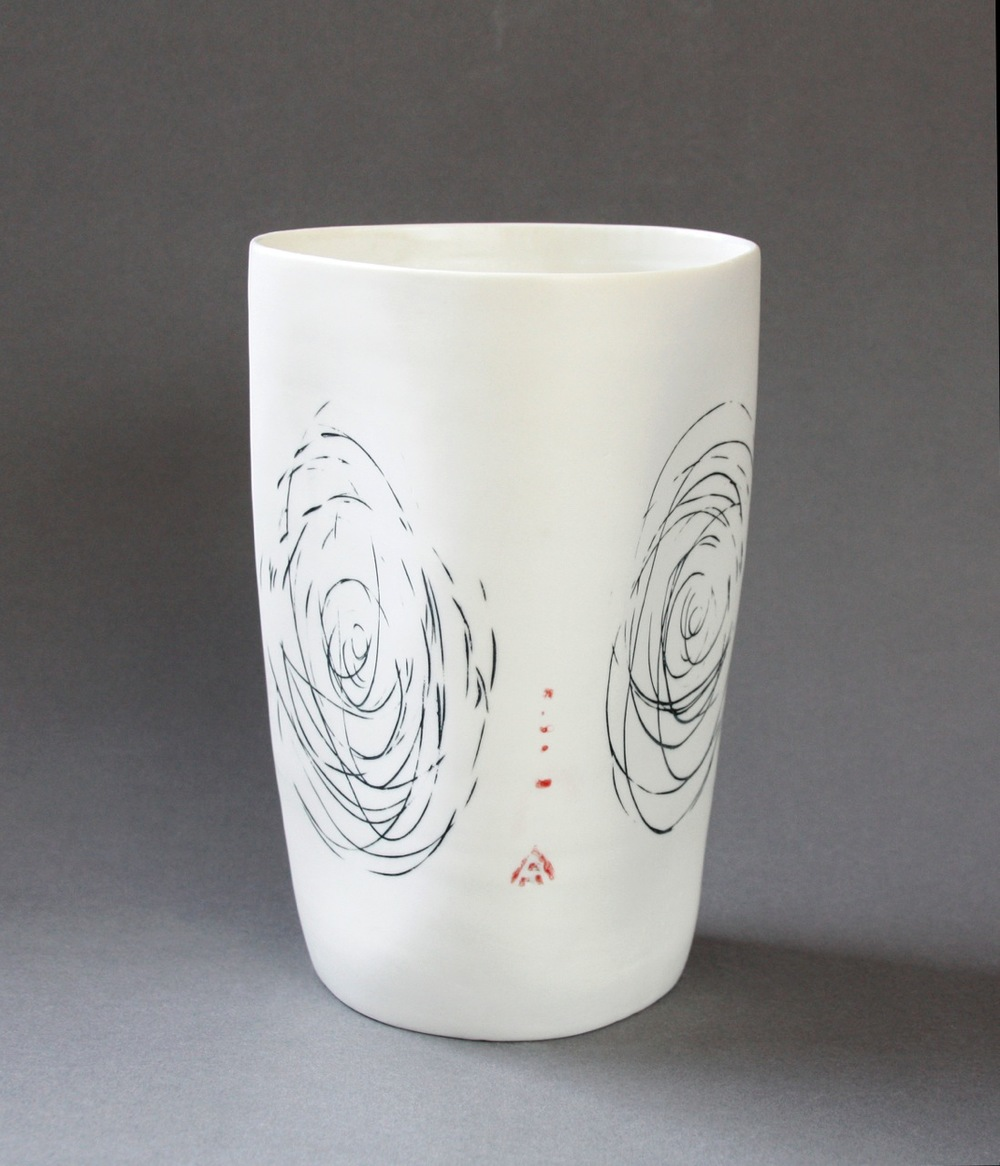 Three side spiral vase.jpg