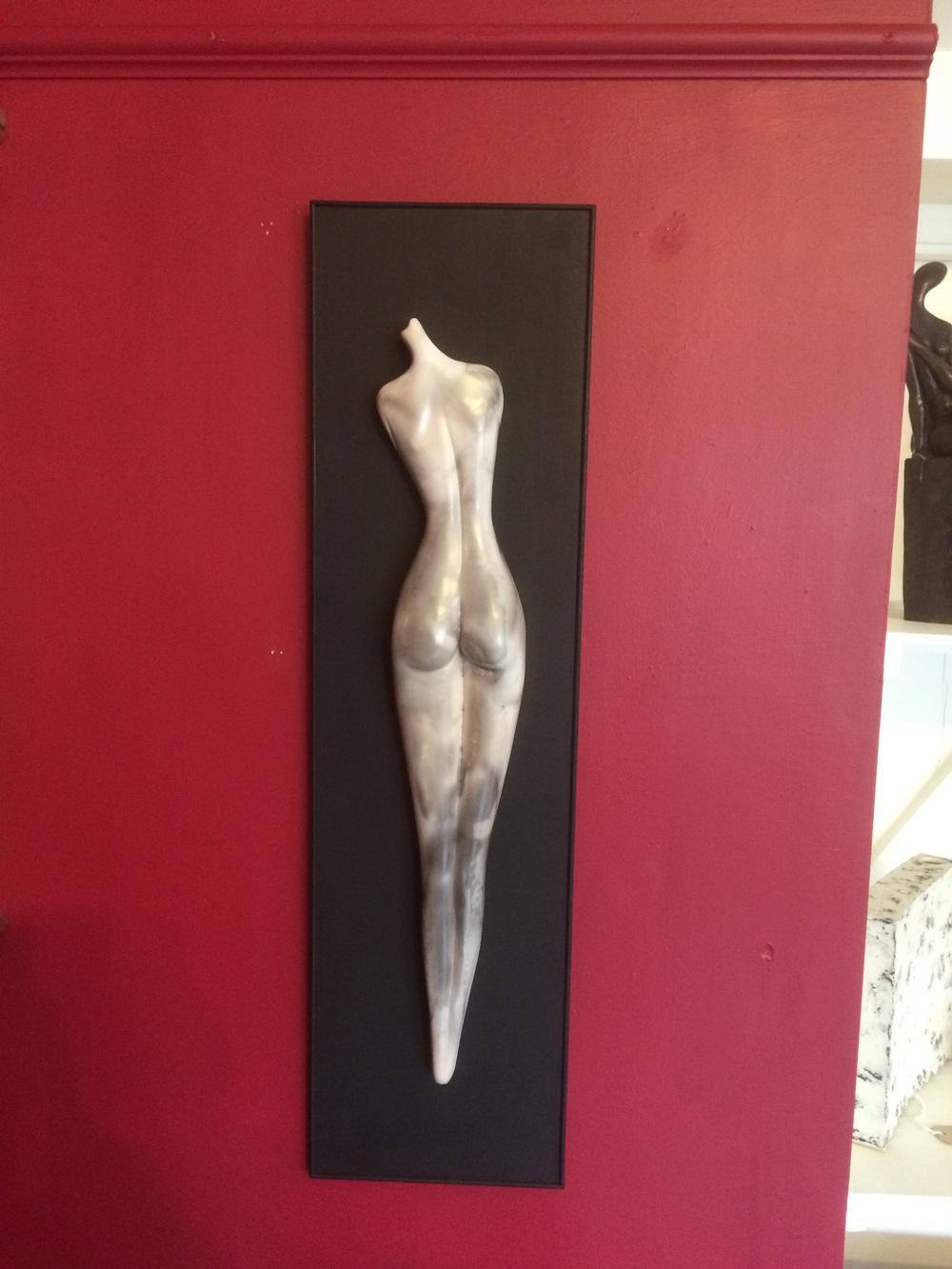 Ferri Farahmandi - smoke fired figurative ceramics