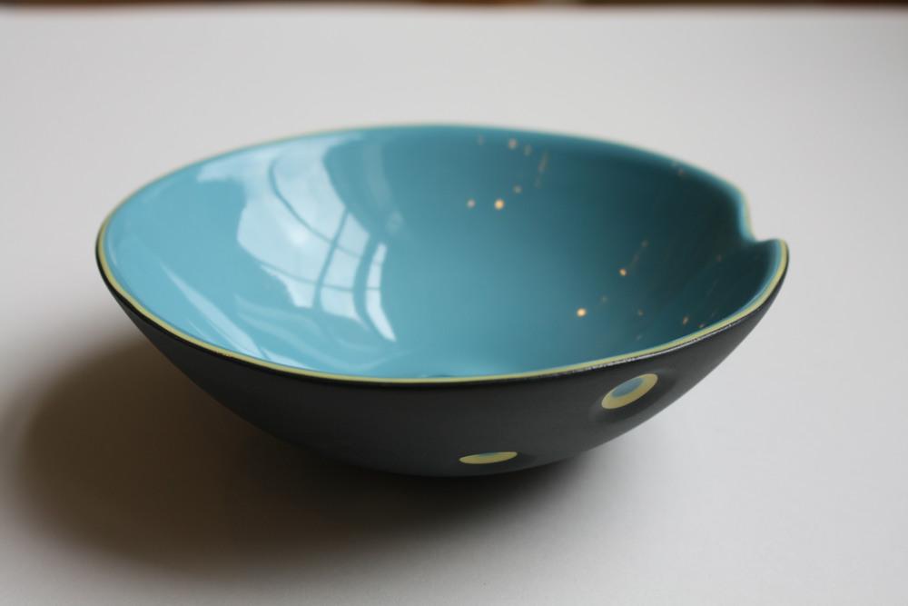 Finger dent bowl300dpi.jpg