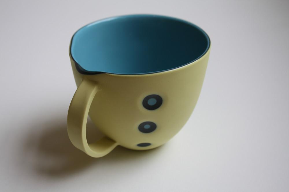 Fingr dent cup 300dpi.jpg