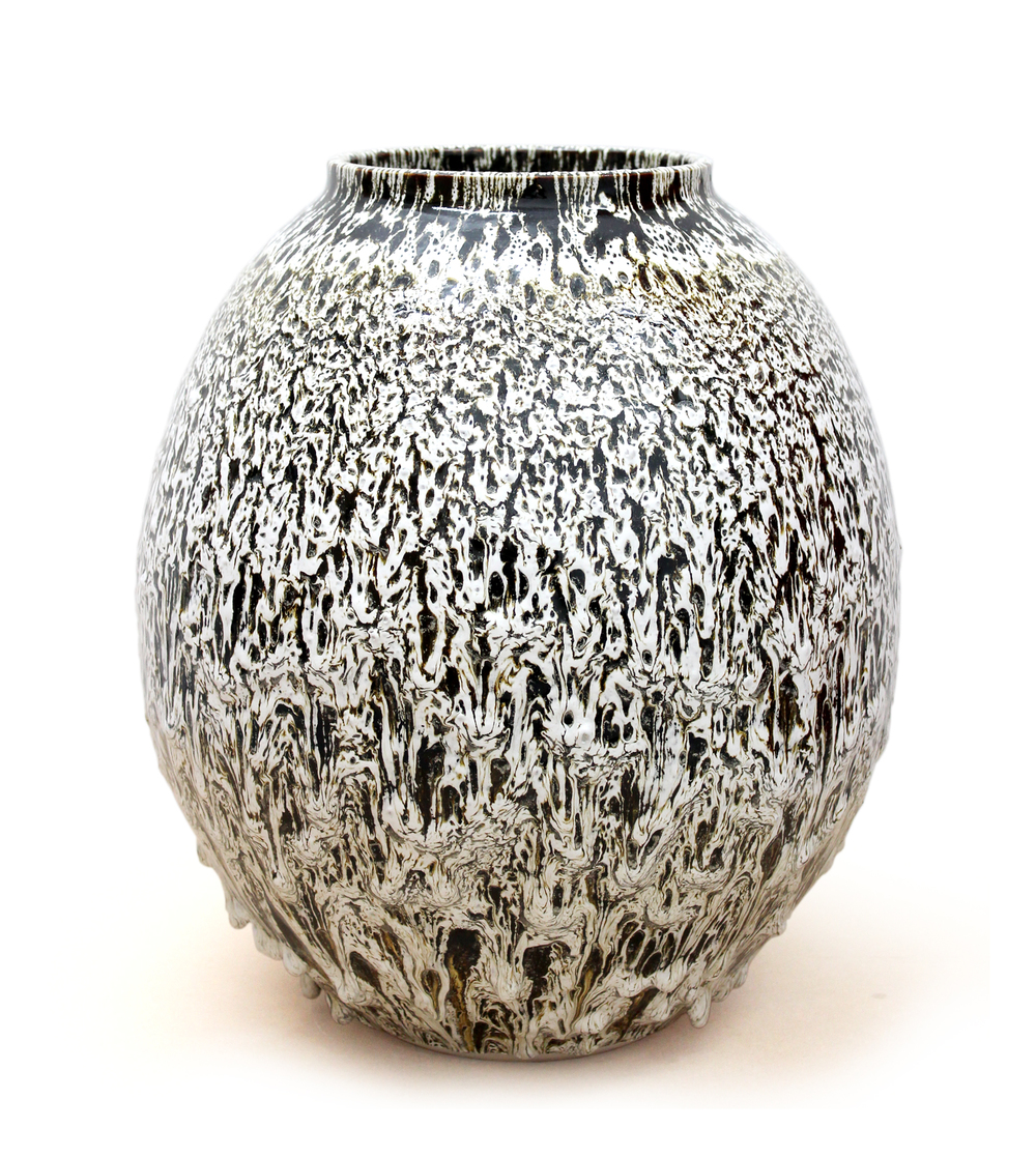 Albert Montserrat - Large Ceramic Vessels by London based Spanish potter.