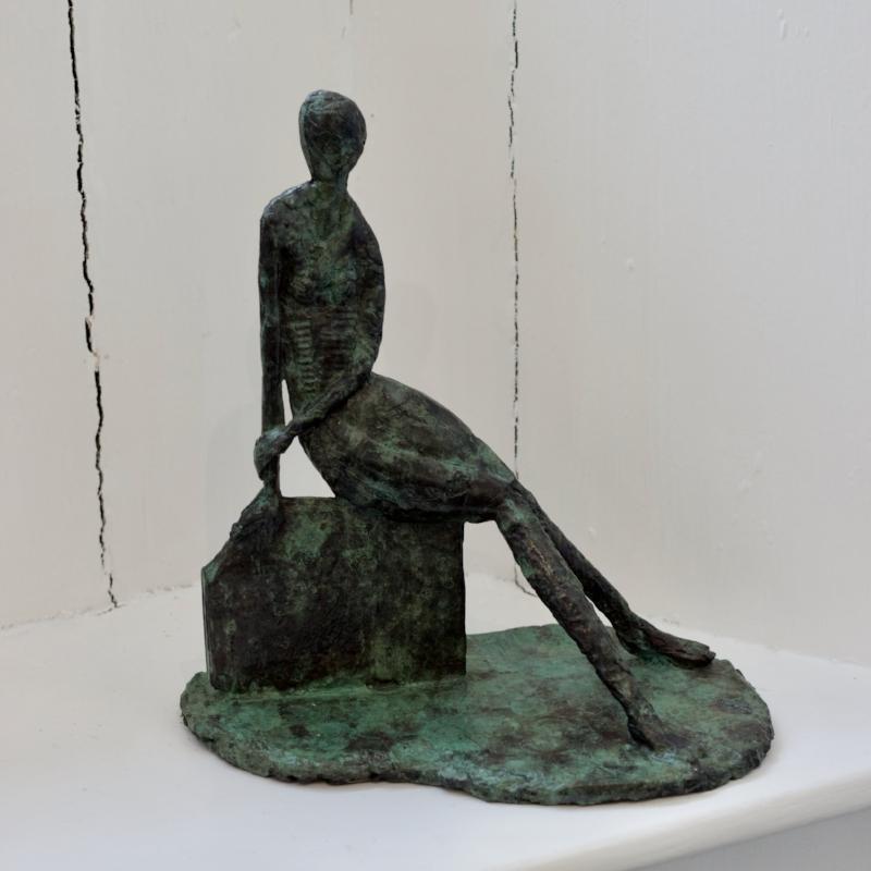 Sitting Pretty - Bronze, 3 of 9