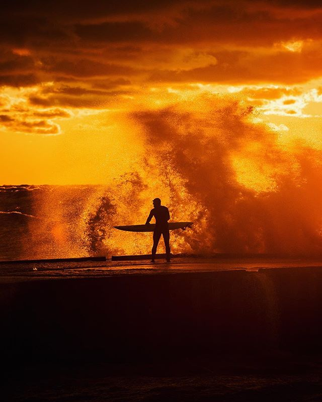 Through the fire and the waves 🏄🌴 @surfersjournal @surfthegreats @theinertia