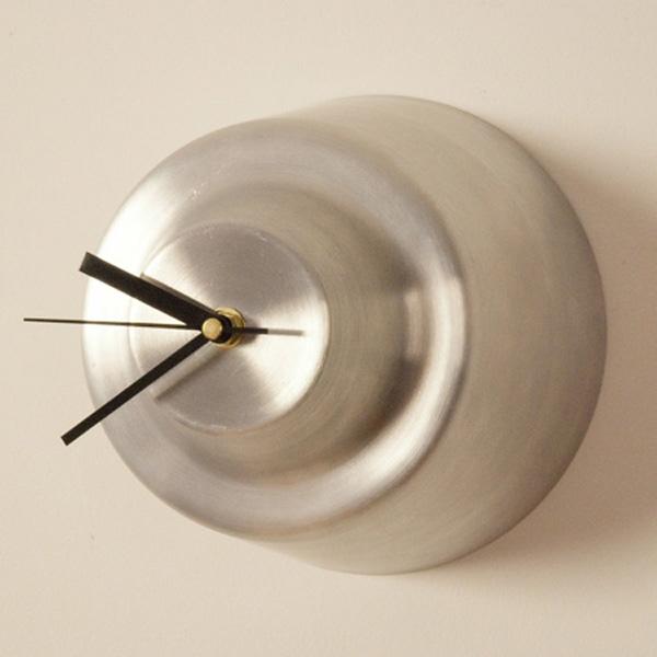 Kirsty-Whyte-Warp-Clock-1.jpg