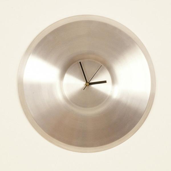 Kirsty-Whyte-Warp-Clock-4.jpg
