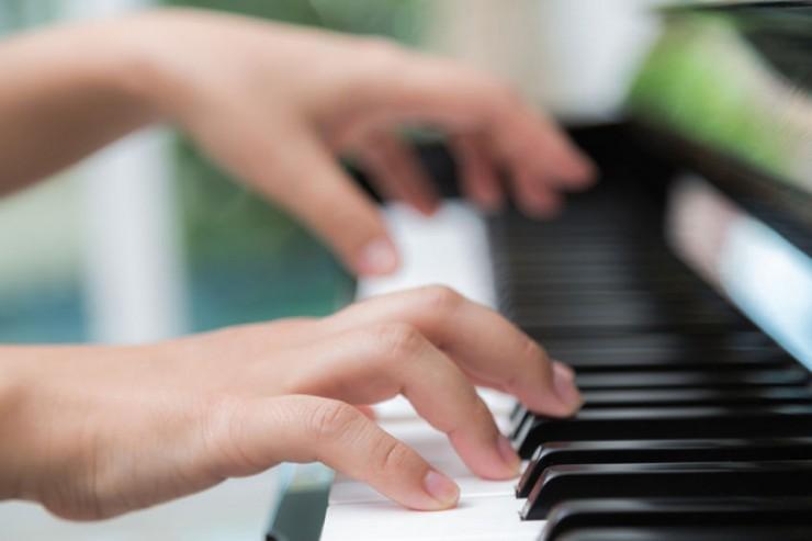 hands-playing-piano.jpg
