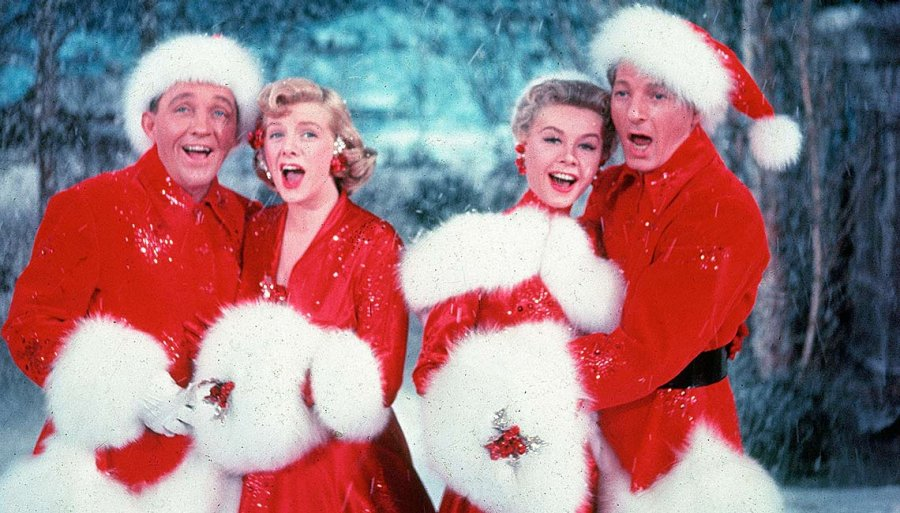 1140-white-christmas-movie-intro.imgcache.revcb3f94709f3bd641849034ef8be9b8af.web.900.513.jpg