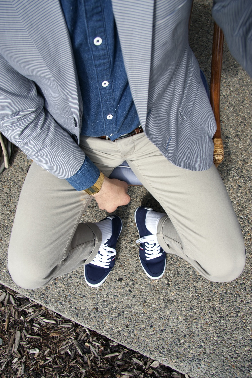 Jacket and pants by Banana Republic.  Shirt by Topman. Watch by Casio. Shoes by Tommy Hilfiger