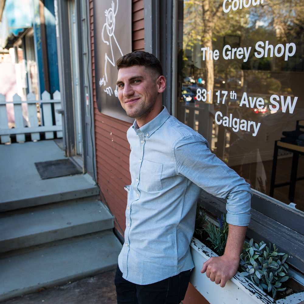 Eric wouldn't be managing such a successful and modern menswear location without his own strong personal style. He likes to keep it simple and elegant, but never boring.