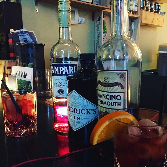 Now...that's a Negroni!!! #negronitime @trattoria_gallo_nero @tryderg7 #italiandrinks #italianstyle #portland #pdx