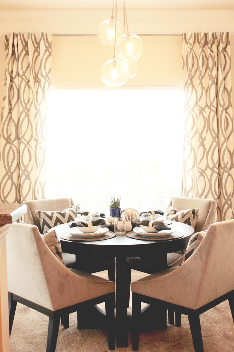 54 Magnolia - dining room