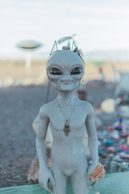 alienNYE0102.jpg
