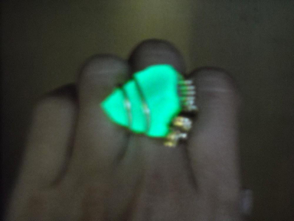 MerCurios NEON Ring.jpg