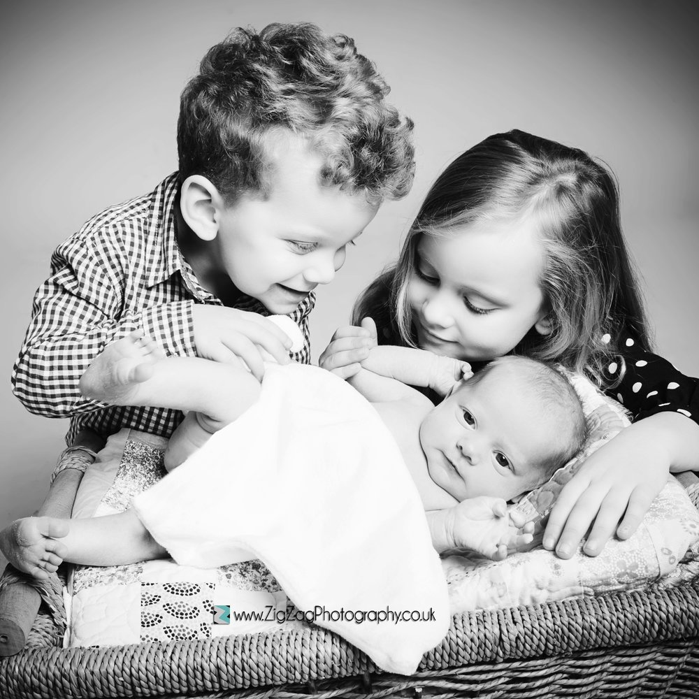 photoshoot-photography-baby-studio-leicester-brother-sister-basket-ideas.jpg