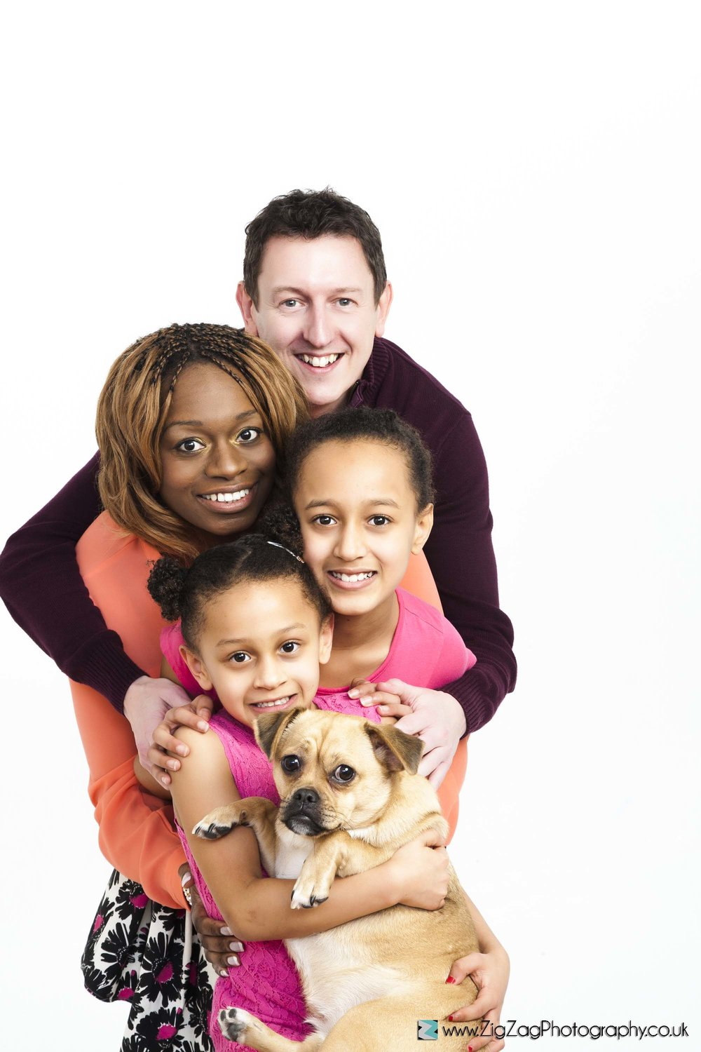 photography-session-leicester-photoshoot-zigzag-dog-pets-mum-dad-family-kids-girls-daughter-ideas.jpg