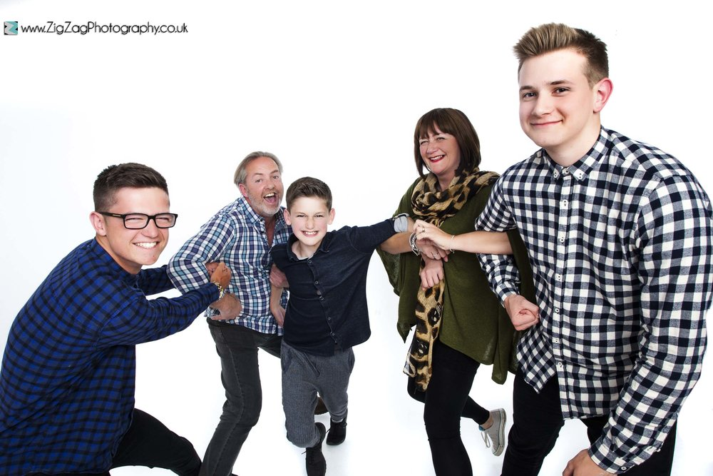 photography-session-leicester-photoshoot-zigzag-family-fun-parents-boys-kids.jpg