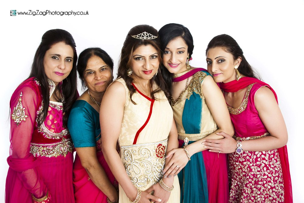 photography-session-leicester-studio-zigzag-photoshoot-red-saree-sari-group-family-colourful-women-mum-grandma.jpg