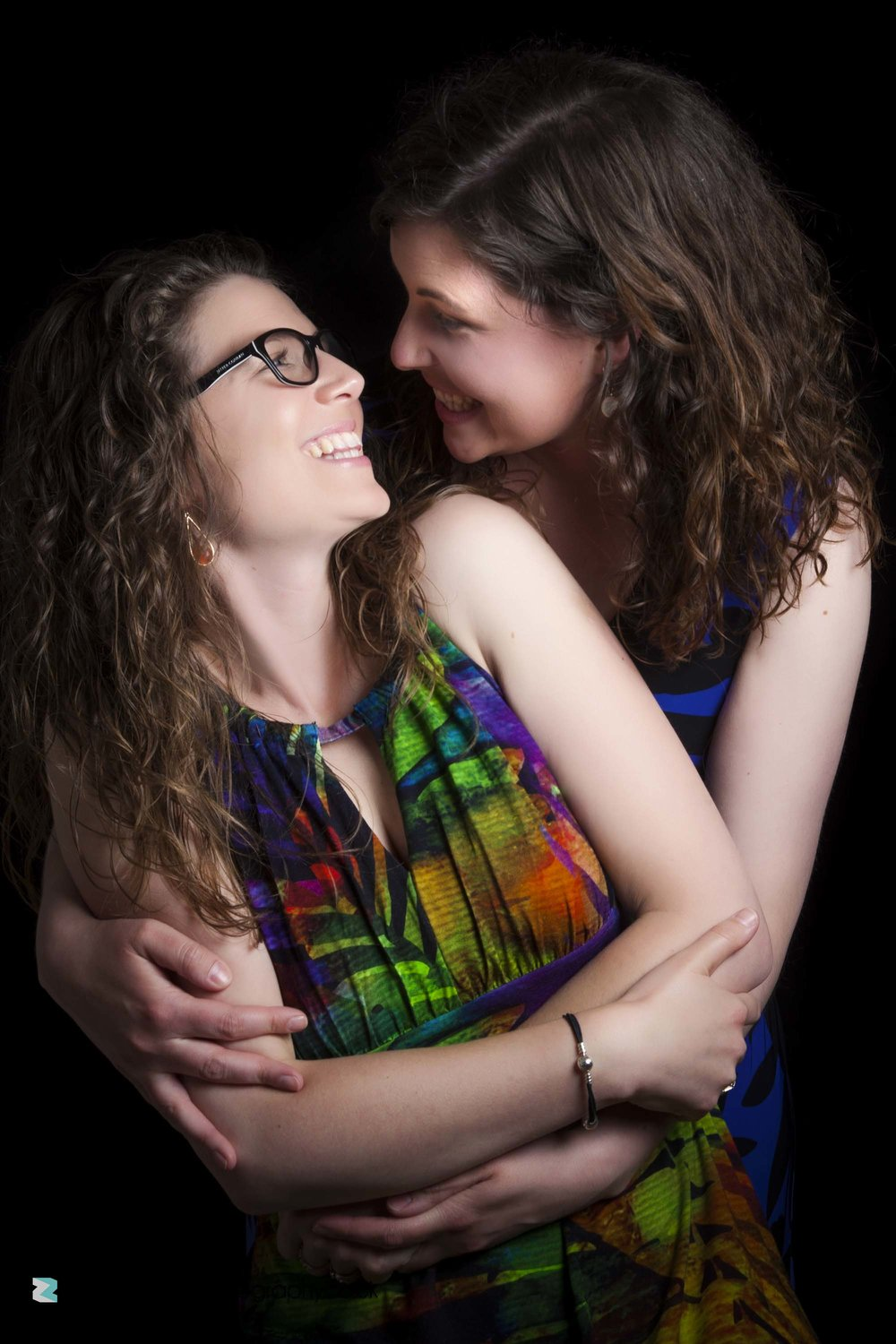 photography-session-leicester-photoshoot-session-zigzag-love-couple-romantic-happy-smile-curly-hair-glasses.jpg