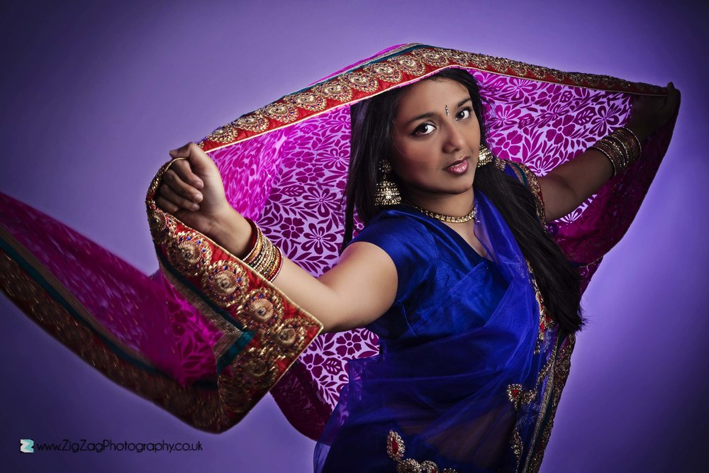 photography-session-leicester-studio-photoshoot-individual-woman-girl-assian-saree-sari-dress-bindi-colourful-bright-portolio-model.jpg