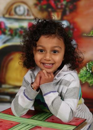 zigzag-photography-leicester-photography-studio-nursery-school-childrens-kids-themed-background-7.jpg