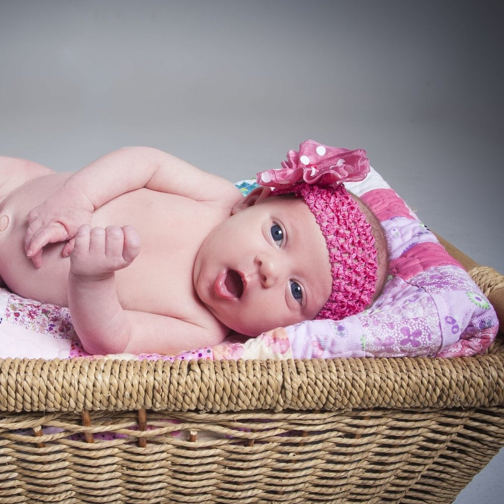 zigzag-photography-leicester-studio-photo-shoot-newborn-baby-girl-boy-clarendon-park-queens-road.jpg