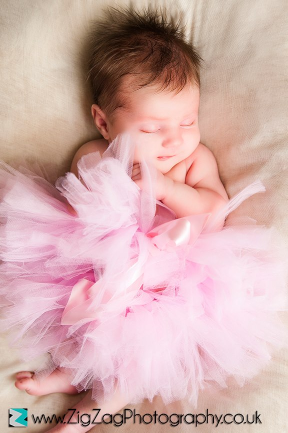 leicester-photography-studio-photo-shoot-zigzag-zig-zag-newborn-girl-tutu-ideas-props-baby-pink.jpg