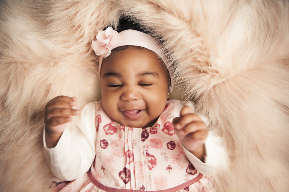 photography-studio-leicester-photo-shoot-photographer-baby-newborn-zigzag-zig-zag-family-clarendon-park-photographer-queens-road-ideas-props-girl-headband-fur-best.jpg