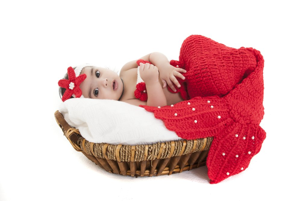 newborn-photographer-leicester-photography-studio-zigzag-zig-zag-baby-mermaid-outfit-theme-ideas-props.JPG