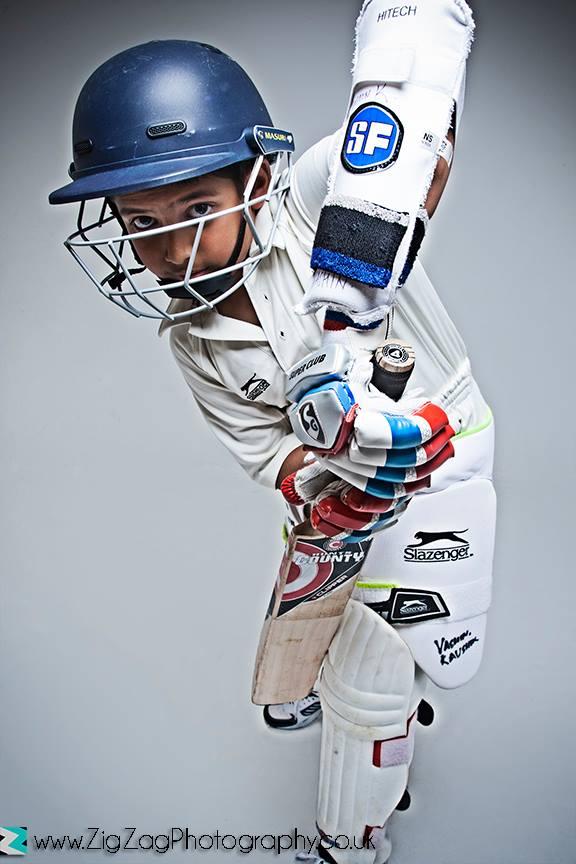 photographer-leicester-kids-children-cricket-sports-ideas-props-photography-photo-studio-portrait-zigzag-zig-zag.JPG
