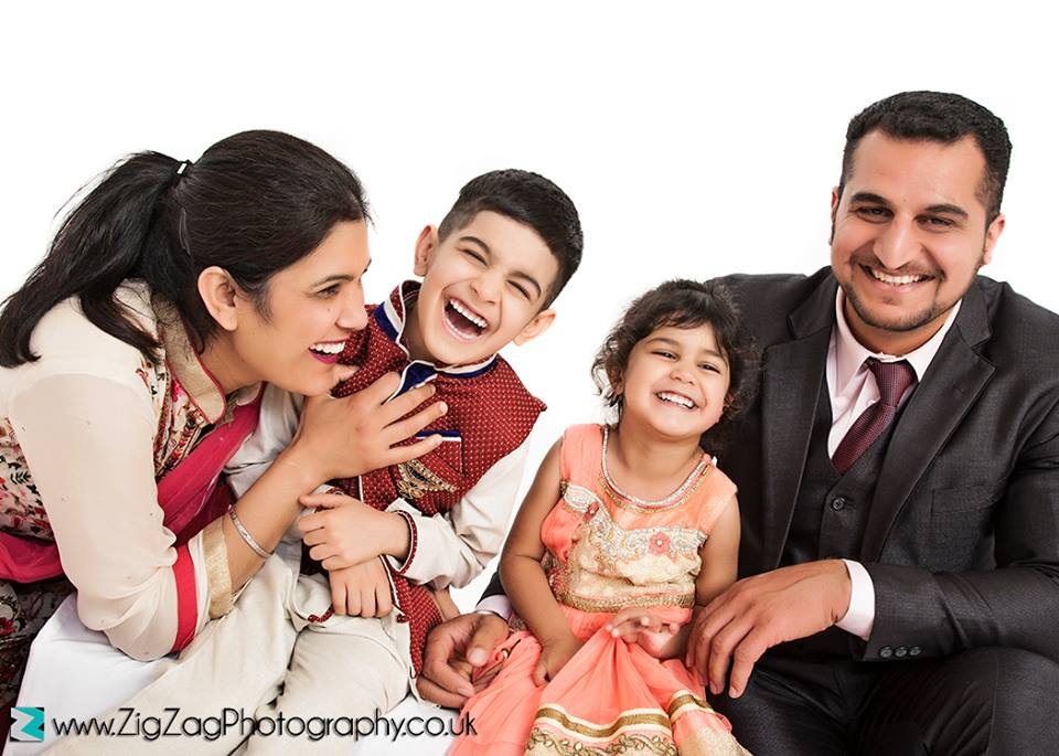 family-photographers-leicester-photo-shoot-photography-studio-portraits-kids-gift-ideas-zigzag-zig-zag.JPG