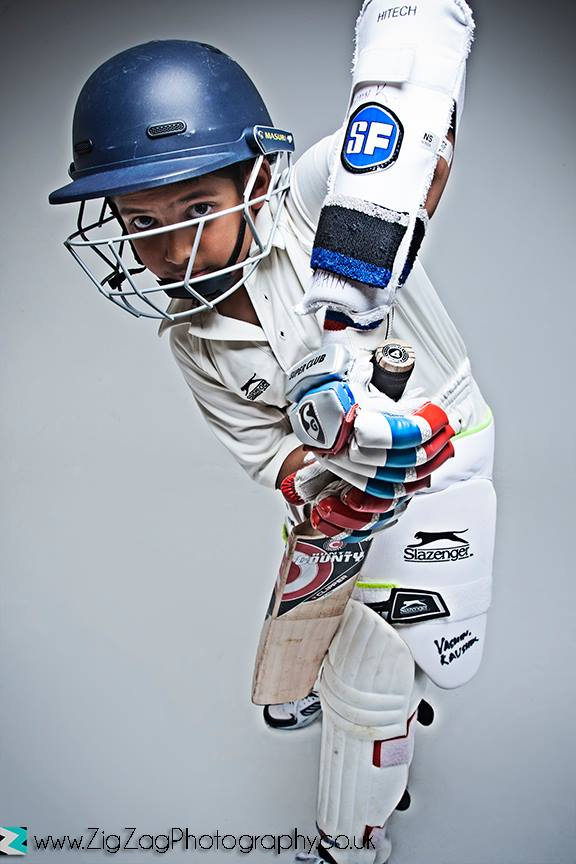 photographer-leicester-kids-children-cricket-sports-ideas-props-photography-photo-studio-portrait-zigzag-zig-zag.JPG