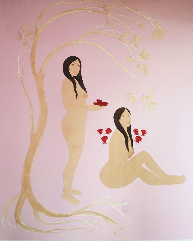 Last day @springbreakartshow 🌹  #springbreakartshow #paintings #watercolor #paper #cutout