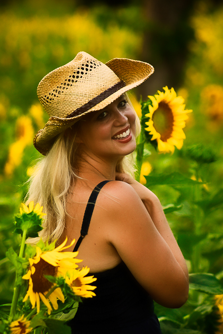 sunflower girl.jpg