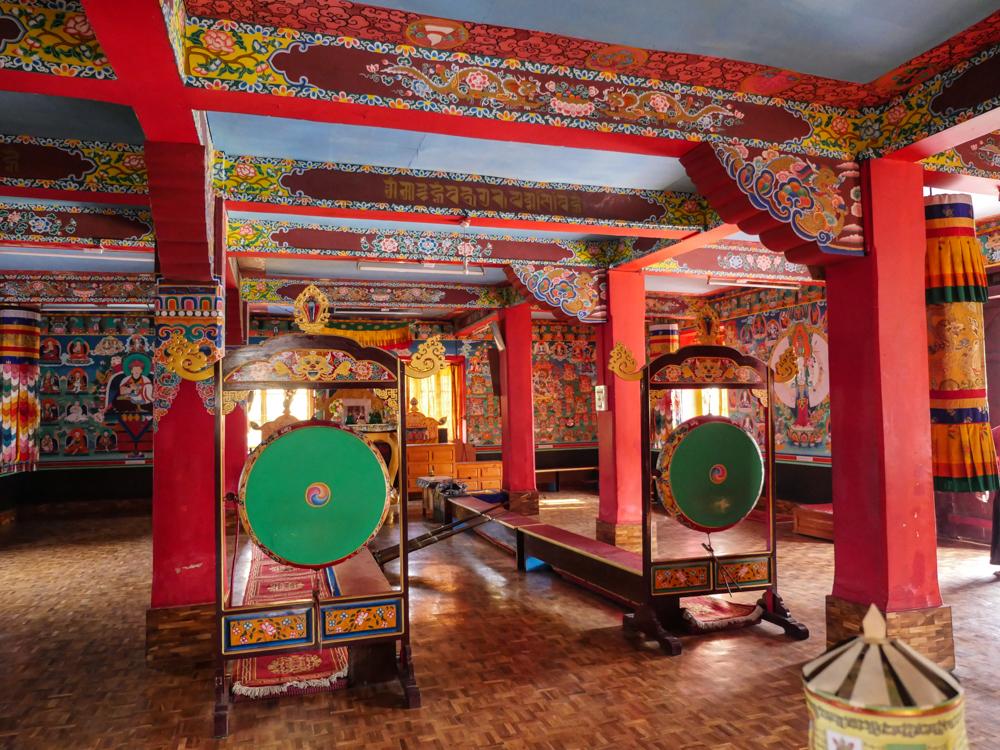 Tongsa Gumpa interior