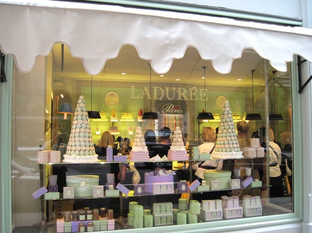 10.-Laduree_out1.jpg