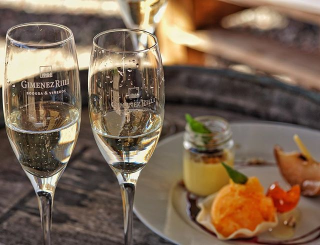Start your sundays with a smile and end it with a sparkle ✨🍾🥂#tasteofmendoza