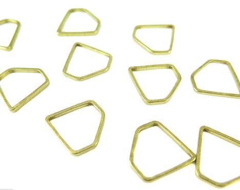 Raw Brass Small Diamond Shape Wire Charms (24x)  $4.00 for 24