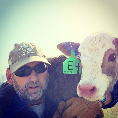 When the littlest one gets left behind on working day. #selfieskills #farmselfie #cowselfie #babycalf #cutiepatootie #farmdadgoals @jnmeriwether