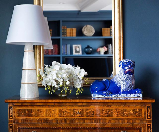 Close up of an 18th century inlaid chest and a rock crystal & brass lamp 🔷  #ABHNobHill renovation . . . . .  #marquetry  #interiorlovers #topstylefiles #interiorboom #finditstyleit #interiordesire #interiordetails #interiorforinspo #homereno #homedetails #homedecorideas #ihavethisthingwithcolour #myhomevibe #eclecticdecor #interior123 #currentdesignsituation #sodomino #howwedwell #myhousebeautiful #housegoals #interior_and_living #dailydecordose #pocketofmyhome #fromwhereIstand