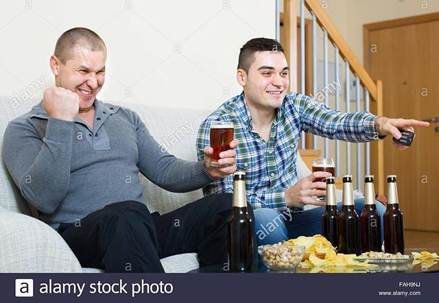 having a beer - watching the big game - with my buds #buds #with #my #biggame #beer