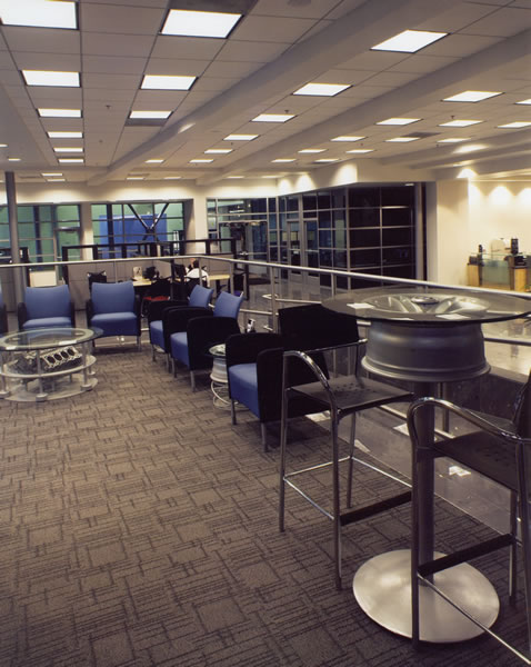 customer_lounge_bmw_riverside.jpg