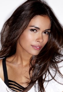 Daniella Alonso as Senona Montez
