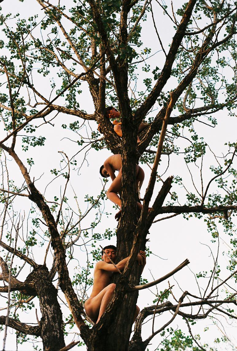ren hang 2012 4.jpg