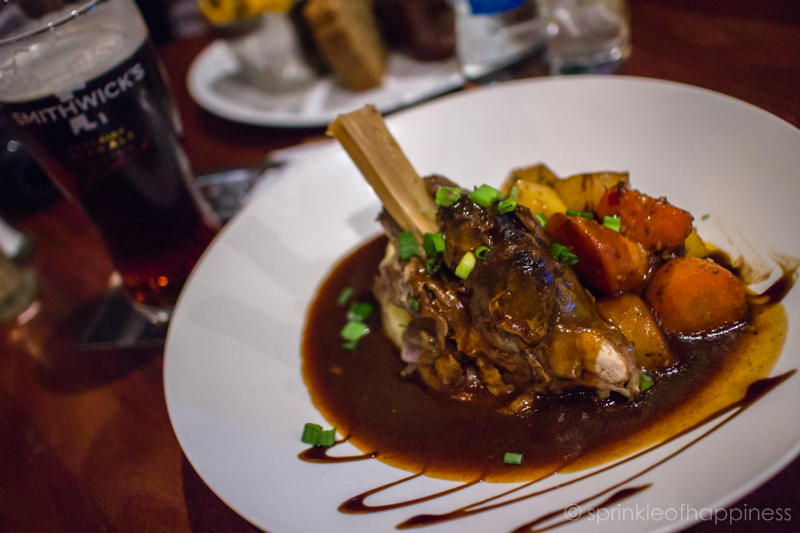 Hairy Lemon Pub - Lamb shank