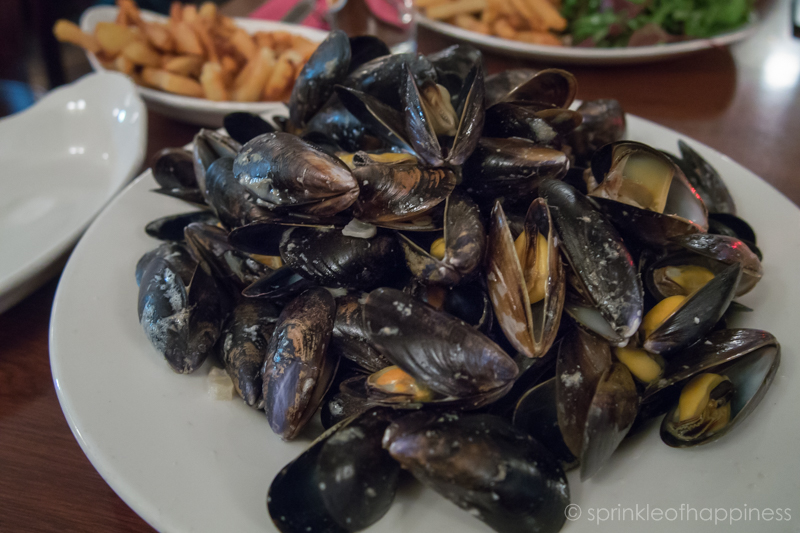 Chez Max - Mussels and frites